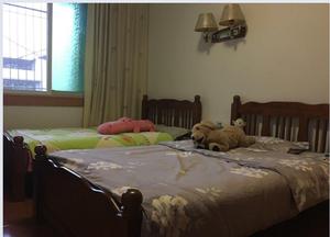犀牛苑 3室2厅2卫 中装修